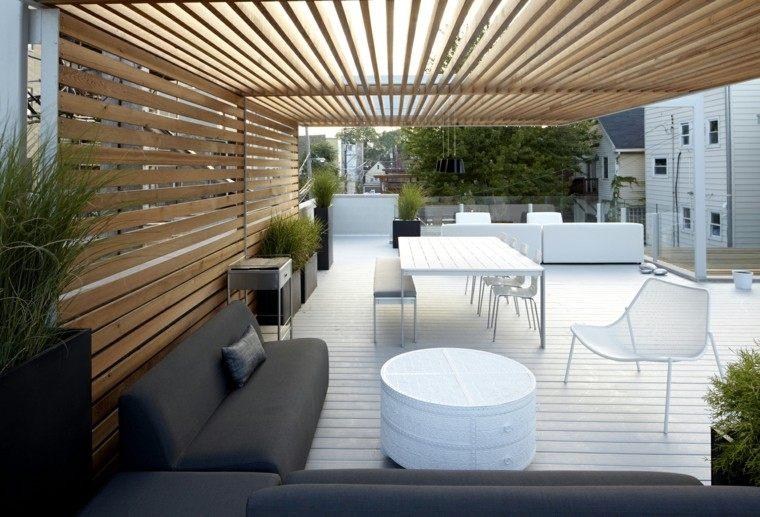 Ideas para terrazas patios o balcones acogedores - Jardineras con bambu ...