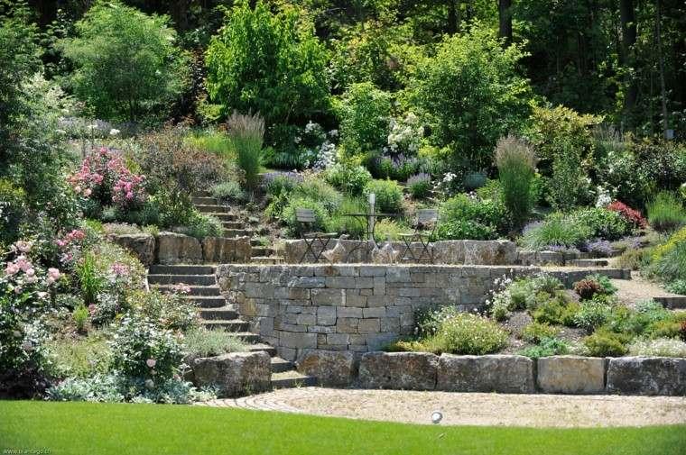 jardines y terrazas amplios varios niveles escaleras ideas