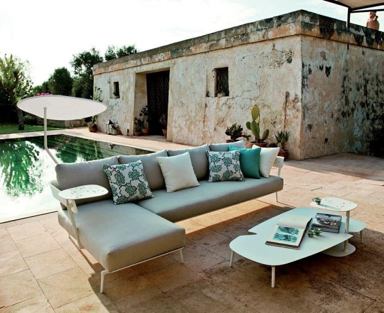 jardines y terrazas piscina sobrilla blanca dentro ideas
