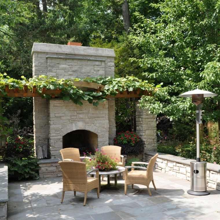 lampara terraza moderna mobiliario trepadoras plantas