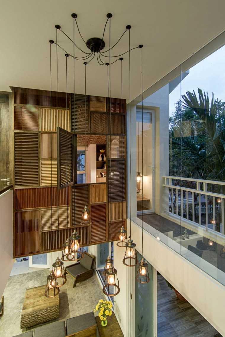 lamparas colgantes detalle balcon terraza