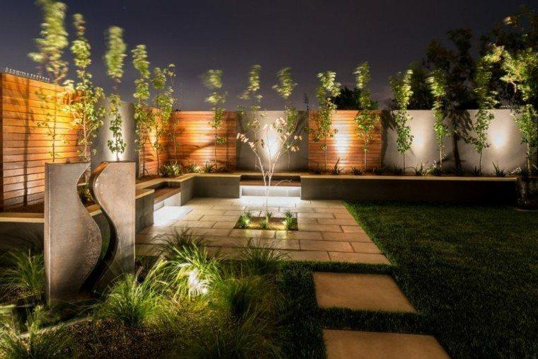 luces led plantas muro escultura jardin