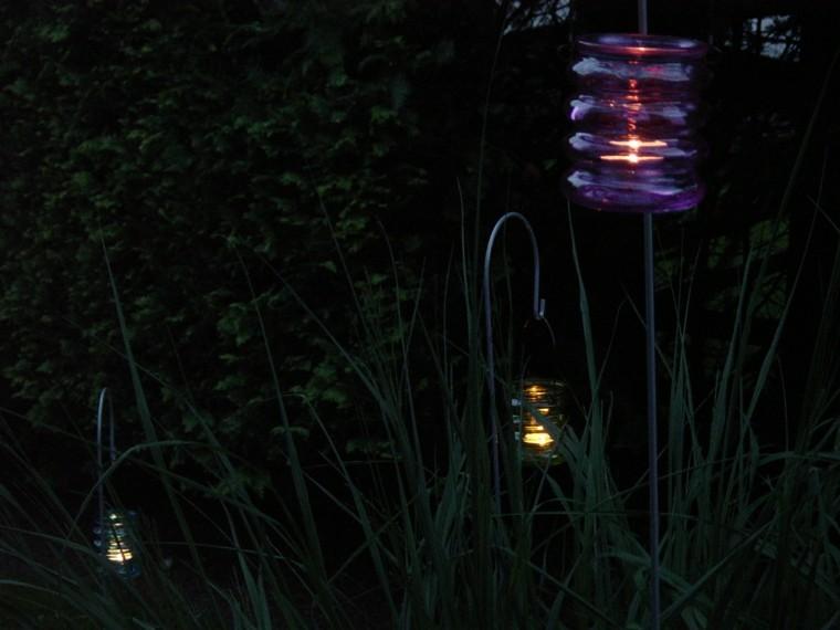luz jardin morada tenue tarro