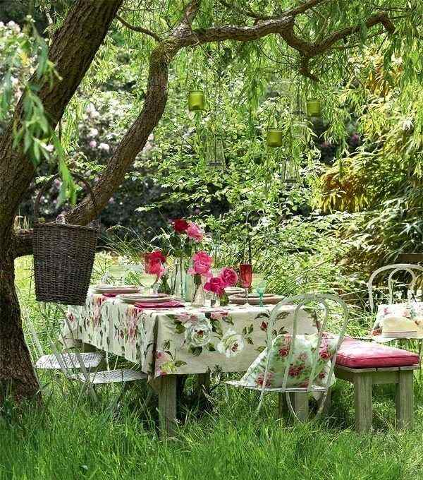 mantel flores mesa bosque cesta