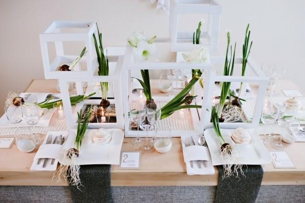 marcos cubos blancos centros mesa