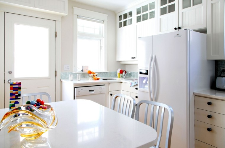 mesa blanca cocina moderna pequeña