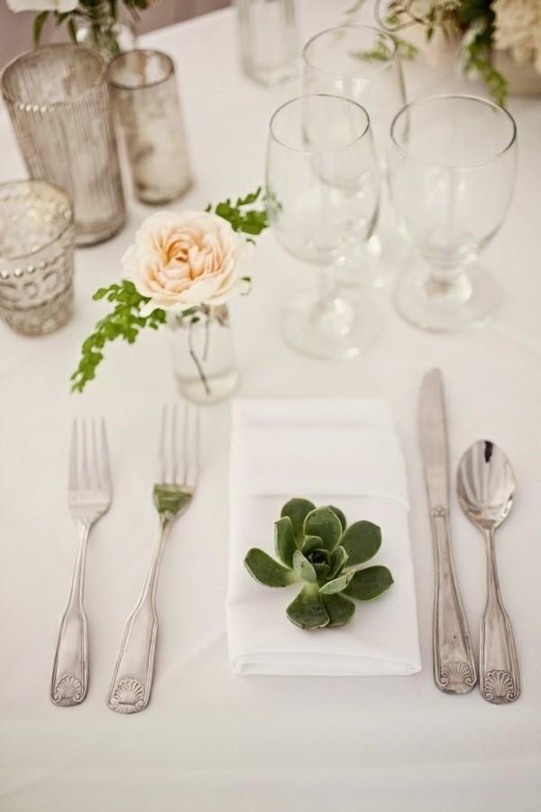 mesa clasica cubiertos plata rosa