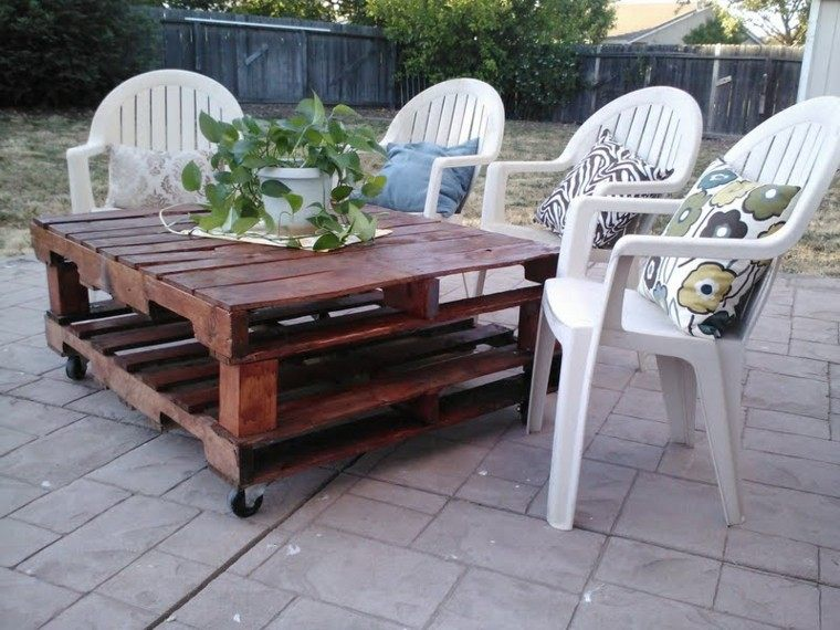 mesa jardin palets madera barniz