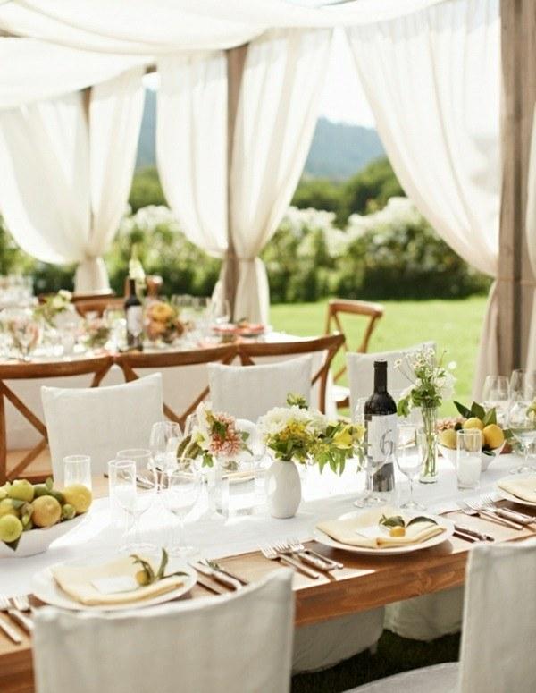 Manteles y centros de mesa para las ocasiones especiales - Mesa madera exterior ...