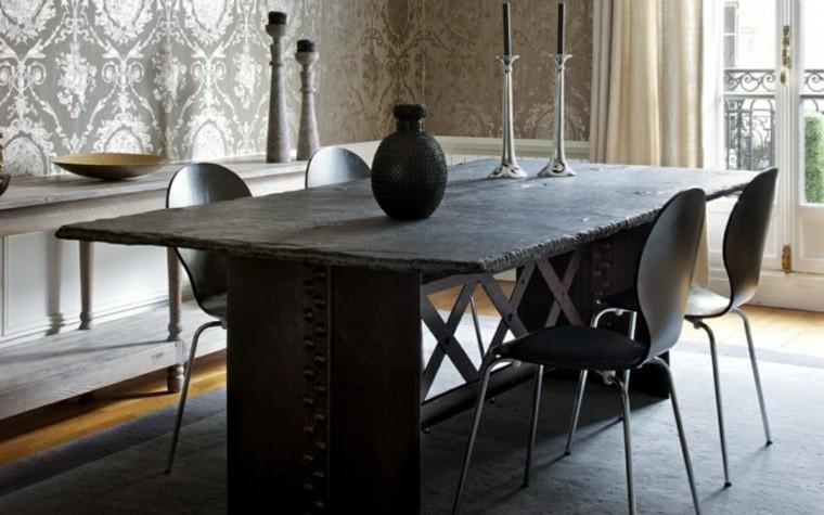 mesa rustica sillas negras modernas