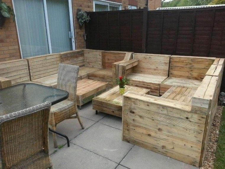 Muebles hechos con palets de madera cincuenta ideas for Sofas con palets para jardin