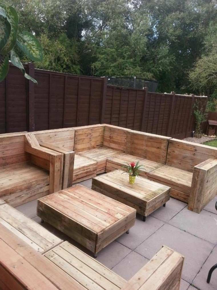 Ideas con palets mesas for Muebles de madera para patio