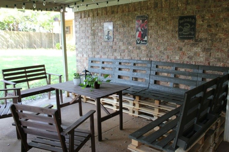 muebles hechos con palets patio sofa cuadros