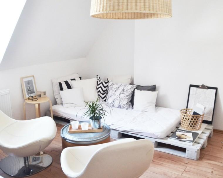 muebles hechos con palets salon cojines lampara