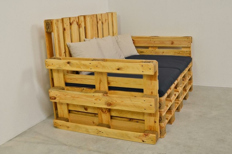 Muebles hechos con palets 100 ideas para el hogar - Armarios hechos con palets ...
