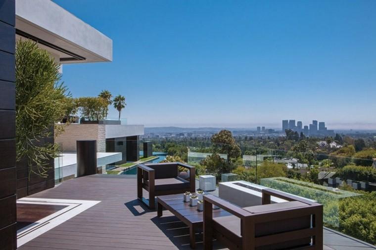 Ideas para terrazas patios o balcones acogedores for Terrazas pequenas minimalistas