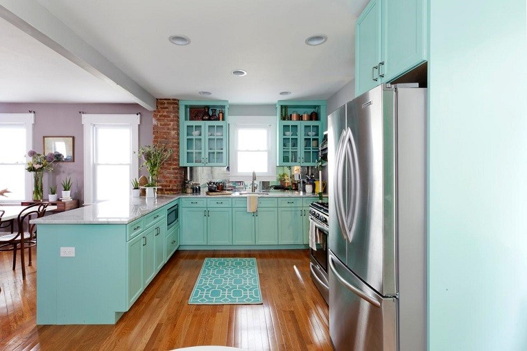 Muebles vintage en la cocina ideas a lo cl sico muy for Tiffany blue kitchen ideas