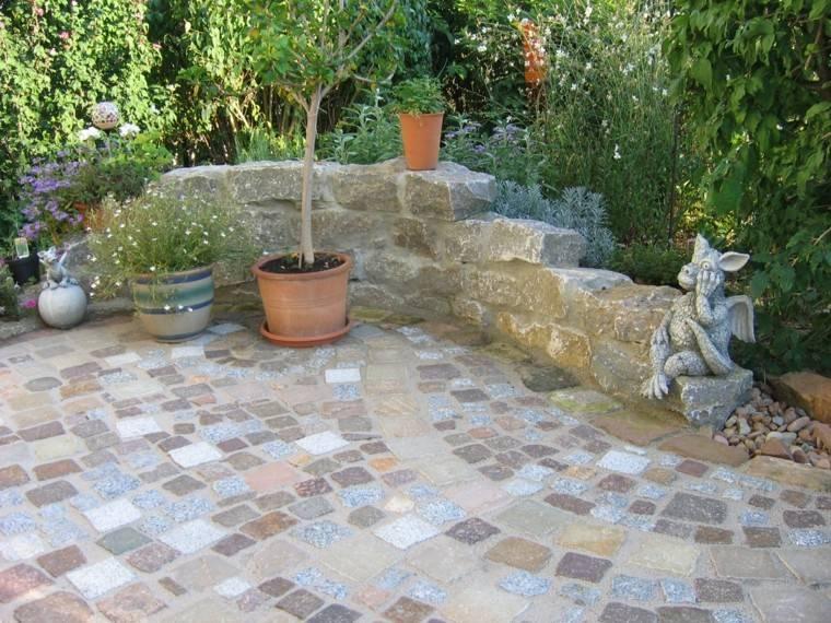 Muros en el jard n 75 ideas que te encantar n - Piedra decorativa jardin ...