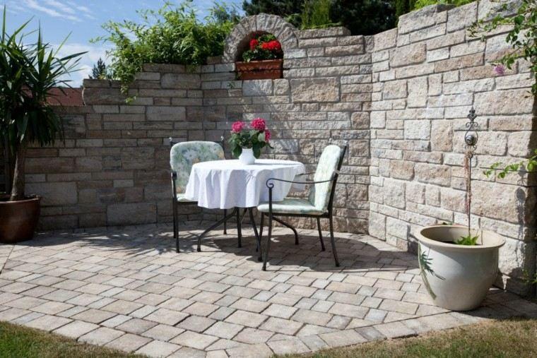 muro protege lugar romantico sillas mesa ideas