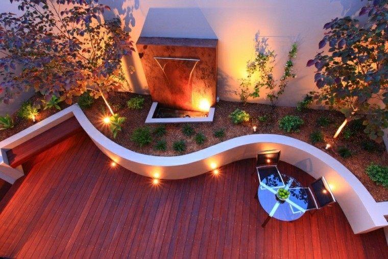 ondulado patio escultura madera estanque