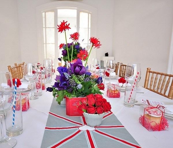 Manteles y centros de mesa para las ocasiones especiales for Decoracion original