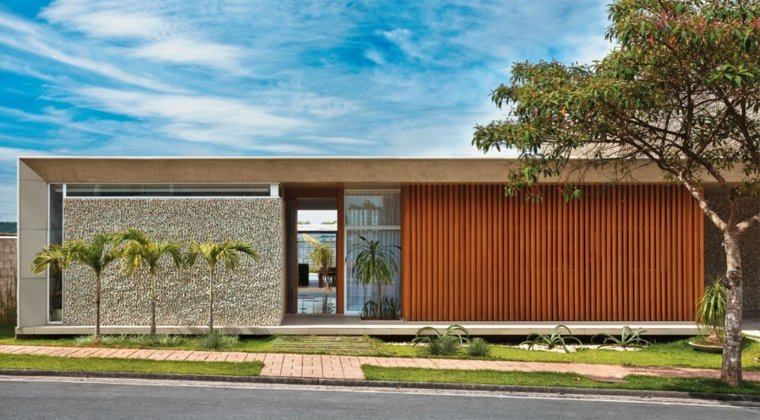 Revestimiento de paredes exteriores 50 ideas for Zocalos de fachadas fotos