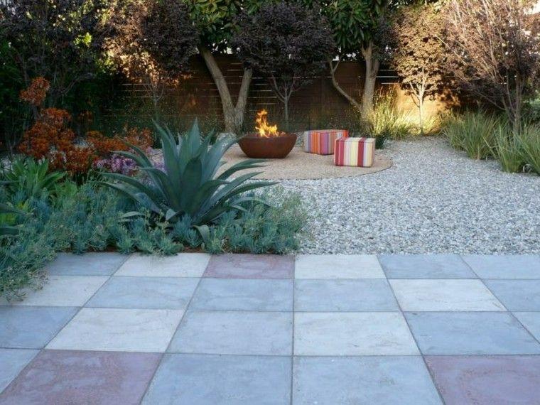 paisajes bonitos jardin guijarros losas lugar fuego ideas