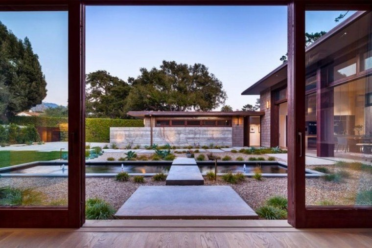 paisajes bonitos jardin guijarros piscina fuentes ideas