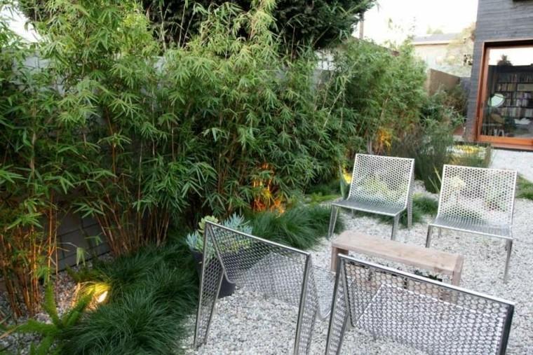 paisajes bonitos jardin guijarros sillas acero inoxidable ideas
