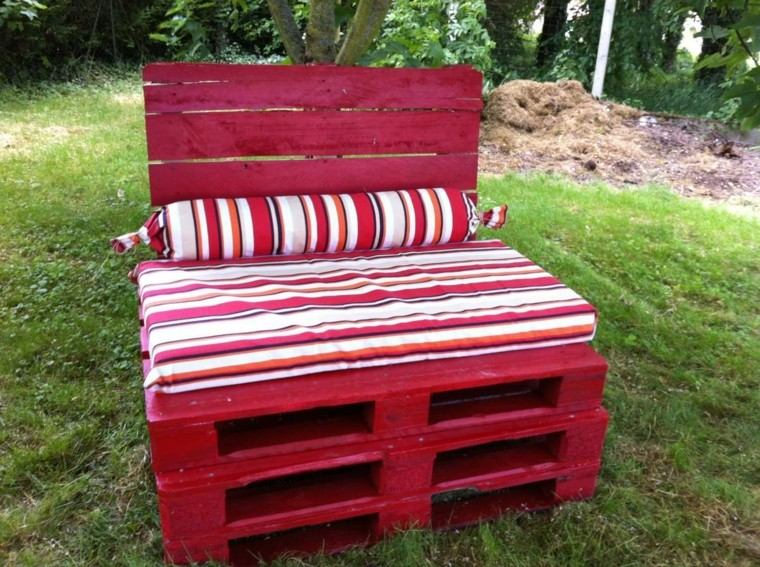 palet butaca roja cojin grande comoda ideas