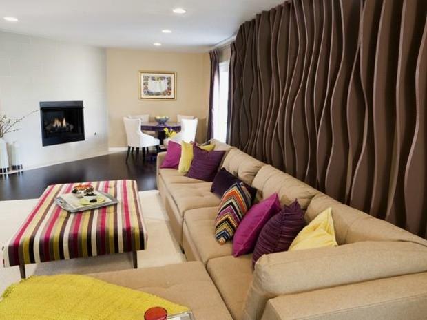 pared color marron olas sofa
