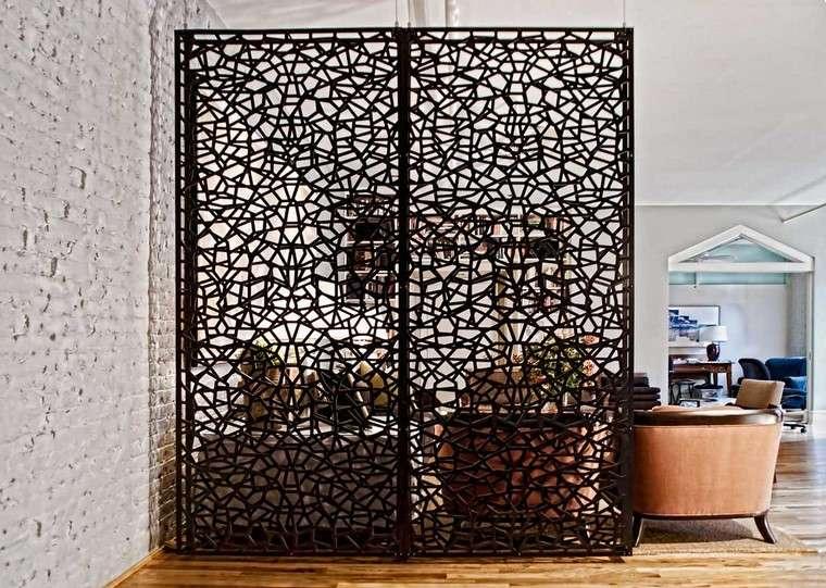 Espacio separado con separadores de ambientes originales for Biombos exterior ikea