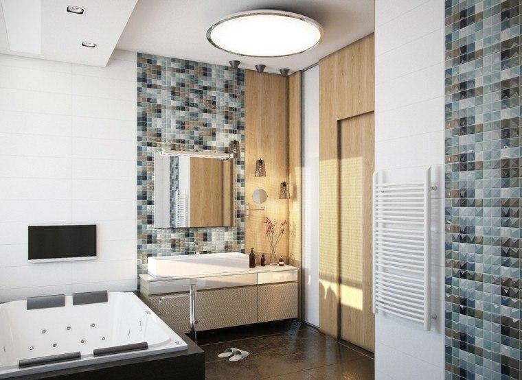 paredes mosaico azul baño yacuzzi
