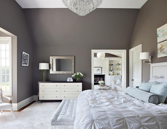 paredes grises cama colcha