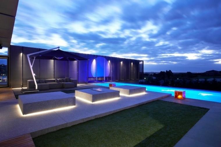patio moderno sombrilla sofa patio