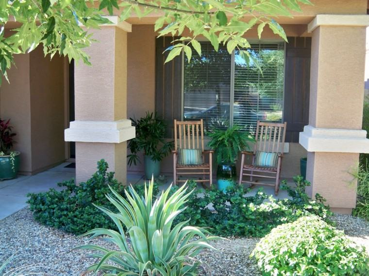 plantas verdes muebles exterior macetas