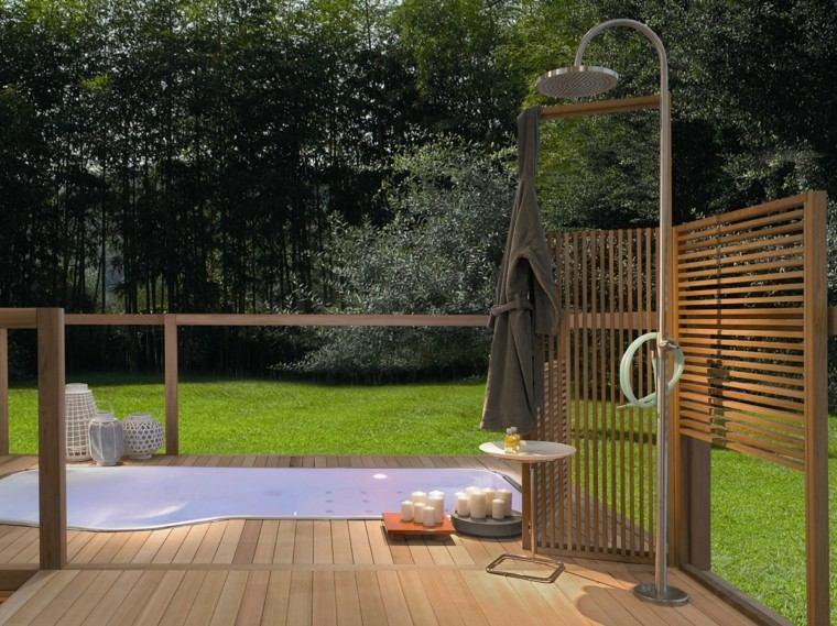 plataforma madera ducha metal jardin