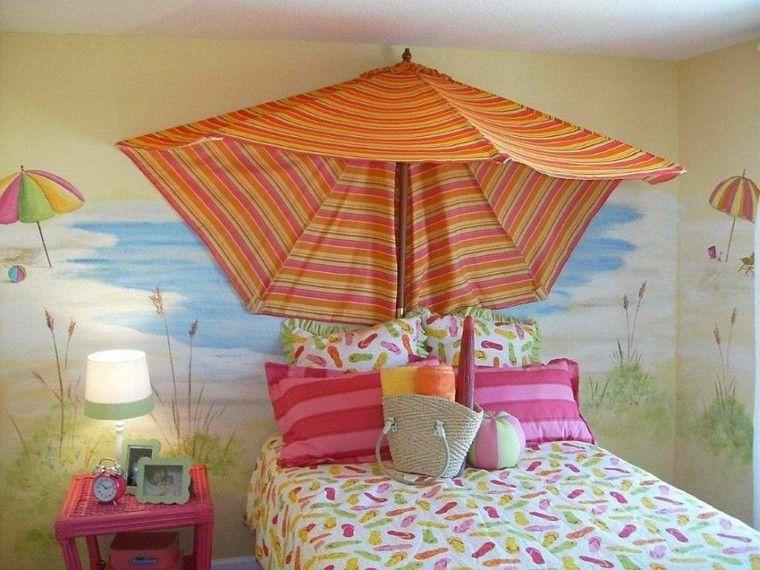 playa sombrilla rayas mar naranja