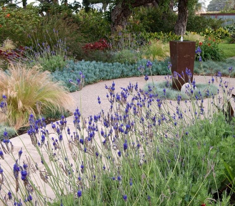 plaza redonda jardin grava