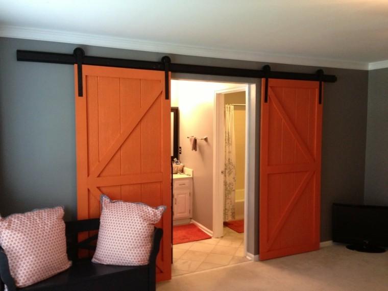 puertas correderas baño color naranja