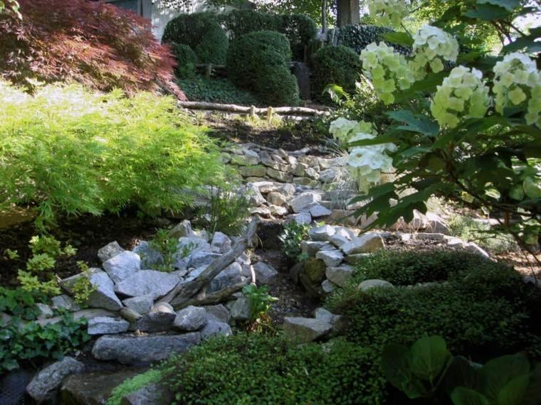 rocas plantas patio jardin flores diseño