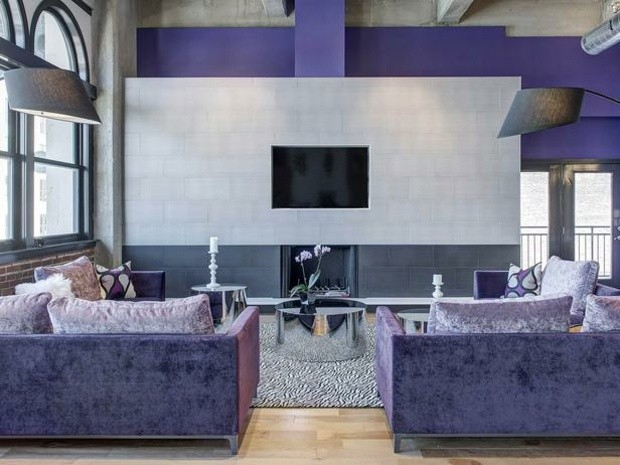 sala estar color lila púrpura