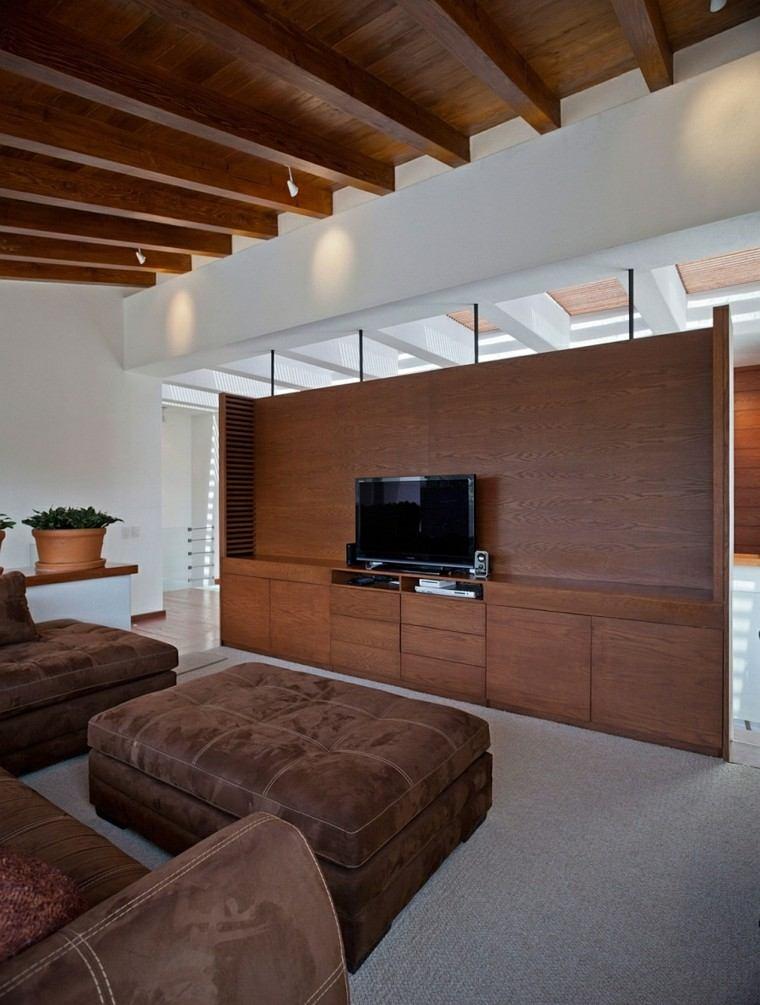 salon estilo clasico techo madera