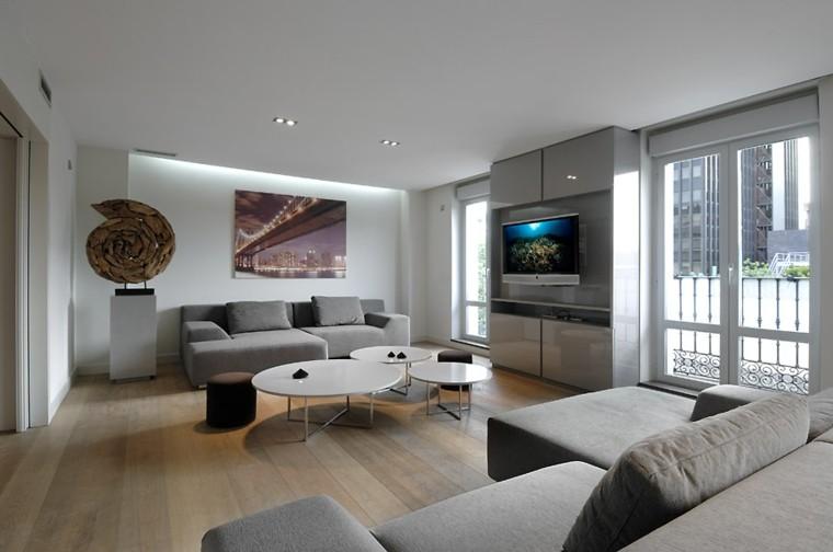 salon iluminado muebles modernos grises