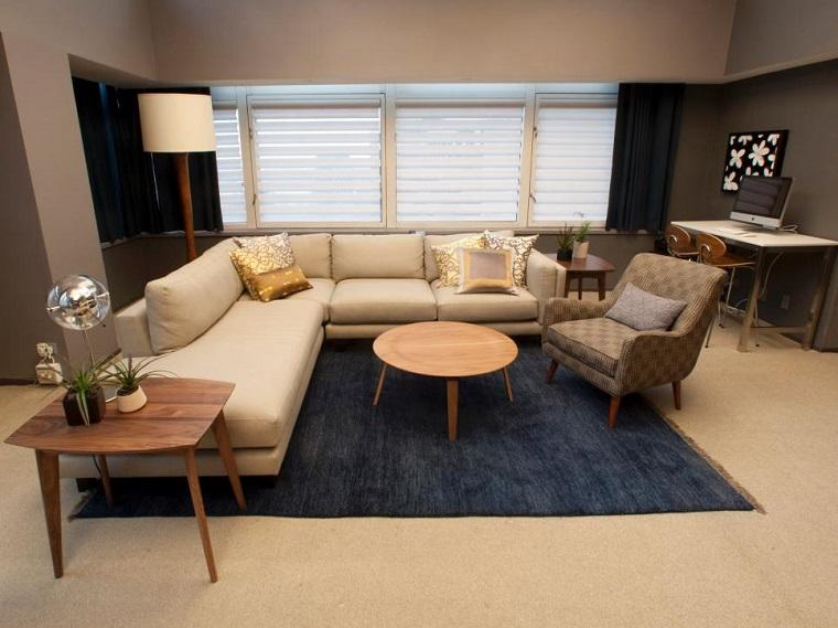 Decoraci n de salones modernos con l neas simples - Sofas para salones ...