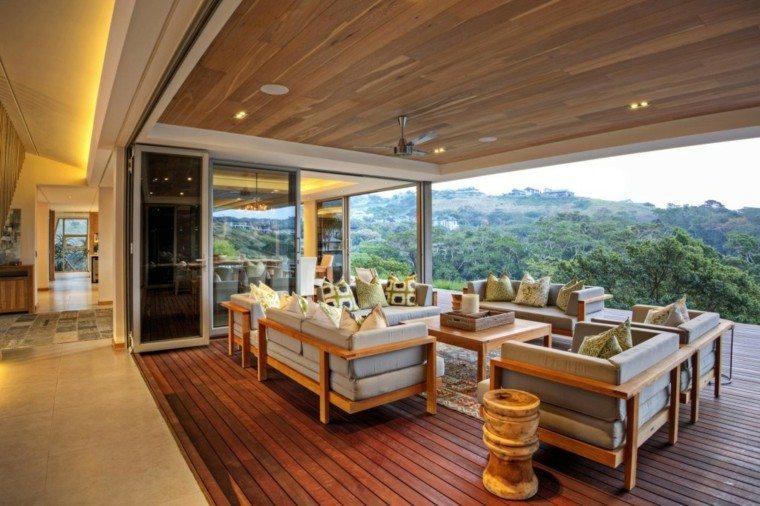 Techos de madera cincuenta ideas modernas for Patios con techos de madera