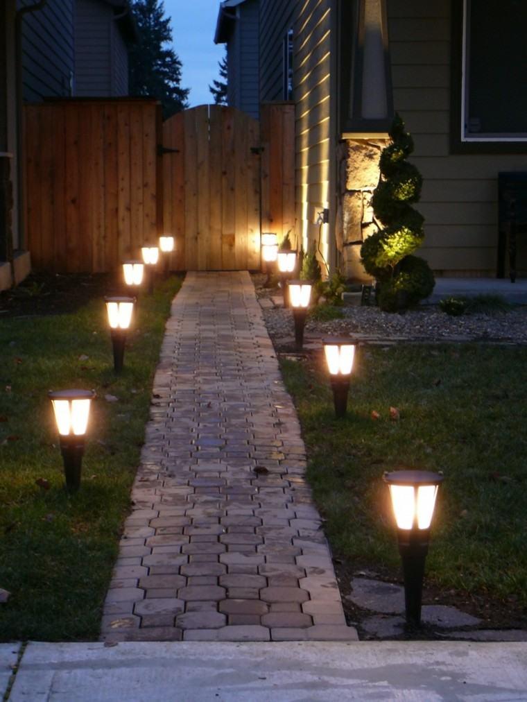 sendero adoquines solar lampara camino