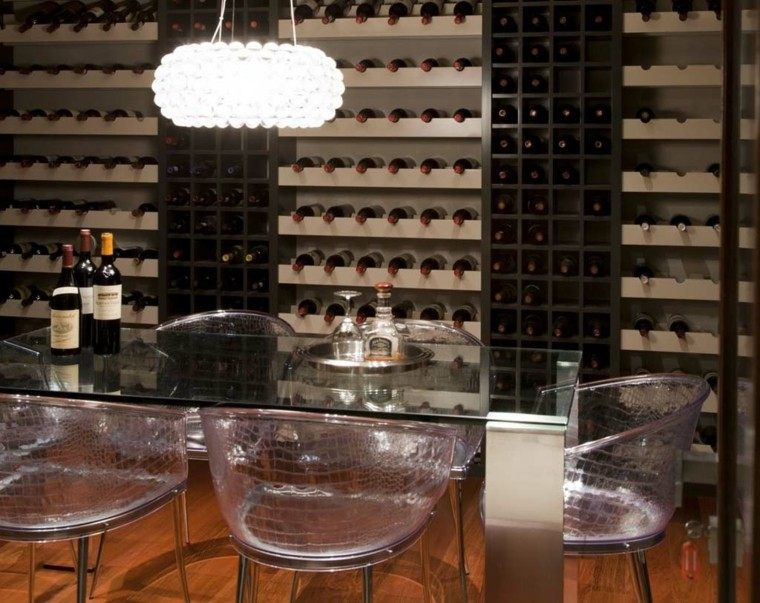 Sillas de comedor modernas cincuenta ideas geniales for Sillas transparentes baratas