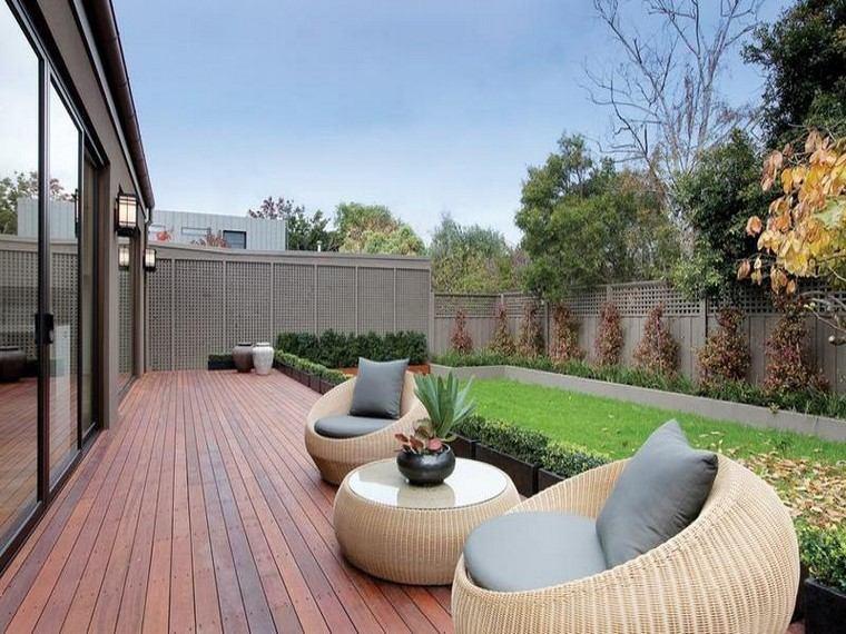 sillones cojines terraza madera patio