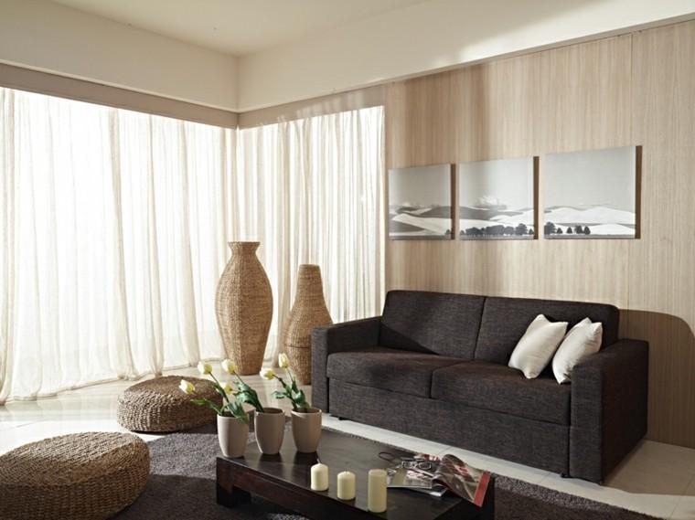 sofa color marron adornos mimbre